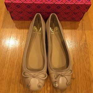 Tory Burch Laila Driver Ballet Flat Sz 6 NEW Box